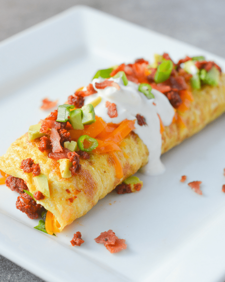 Tired of eating eggs? This Keto Chorizo Omelette will make your breakfast egg-citing again! | heyketomama.com