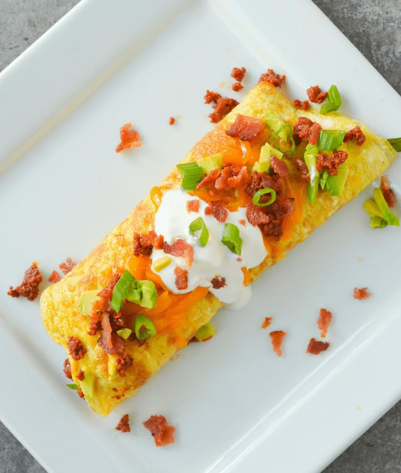 Tired of eating eggs? This Keto Chorizo Omelette will make your breakfast egg-citing again! | heyketomama.com