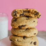 These Keto Peanut Butter Chocolate Chip Cookies are the ultimate gooey, chewy and deliciously rich low carb dessert! | heyketomama.com