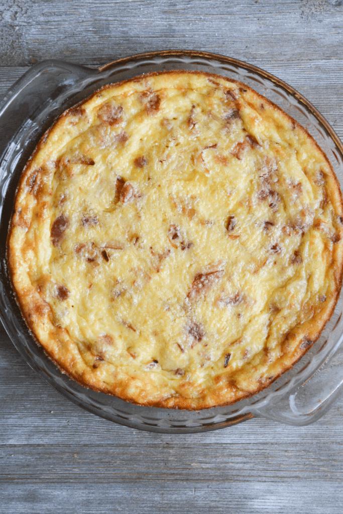 full keto crustless quiche lorraine in pie dish